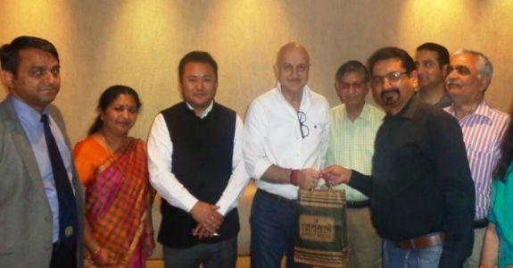JKSC  team met renowned Bollywood actor Anupam Kher